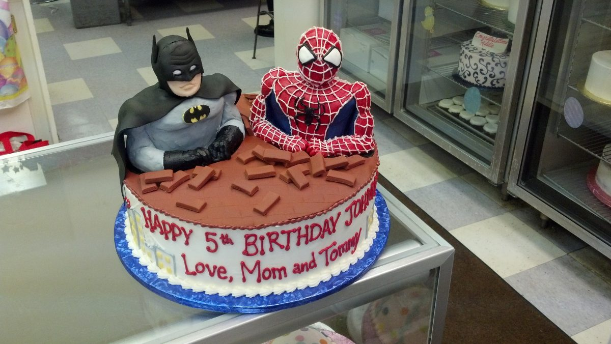 batman cake, spiderman cake, 3D superhero cake