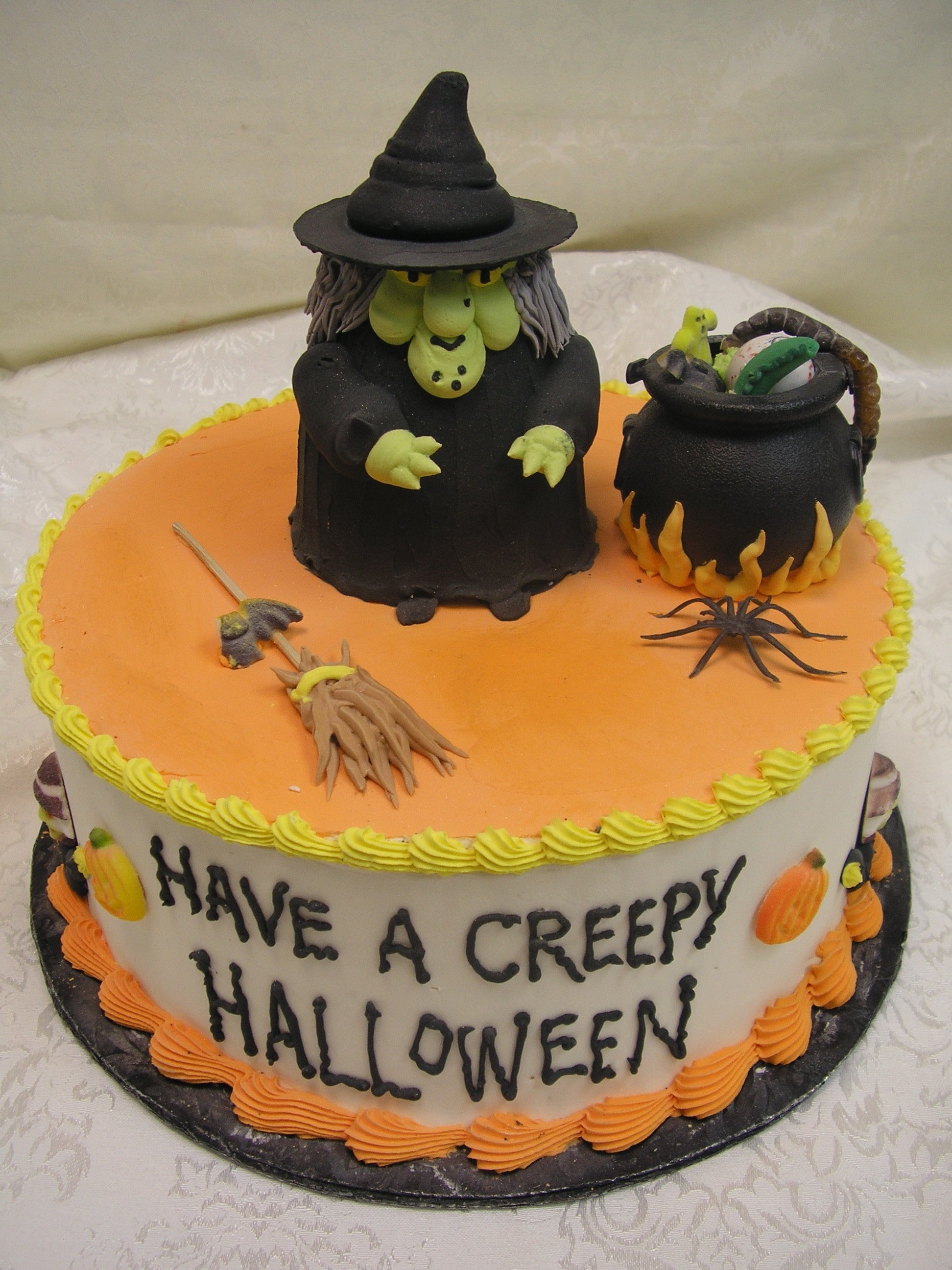 halloween cake, 3 D witch, witch and caldroun cake