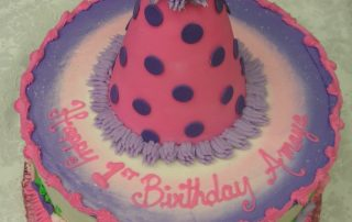 3D party hat cake