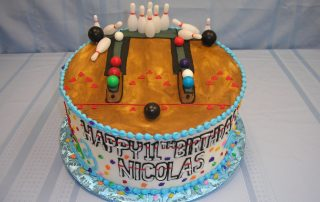 bowling alley cake, bowling pins and balls cake
