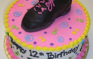 Jazz shoes cake, jazz shoes with musical notes cake