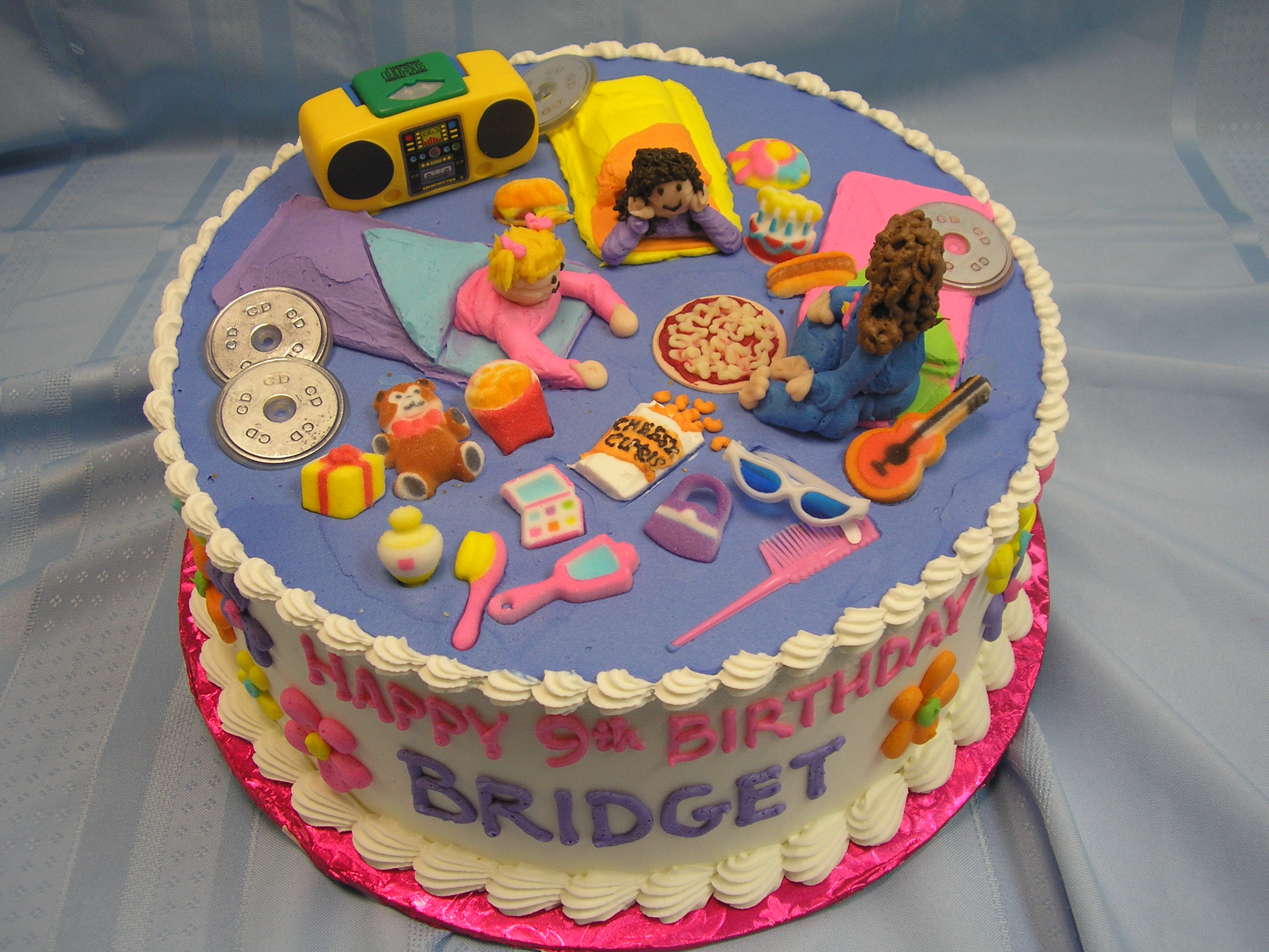 piped on sleepover theme cake