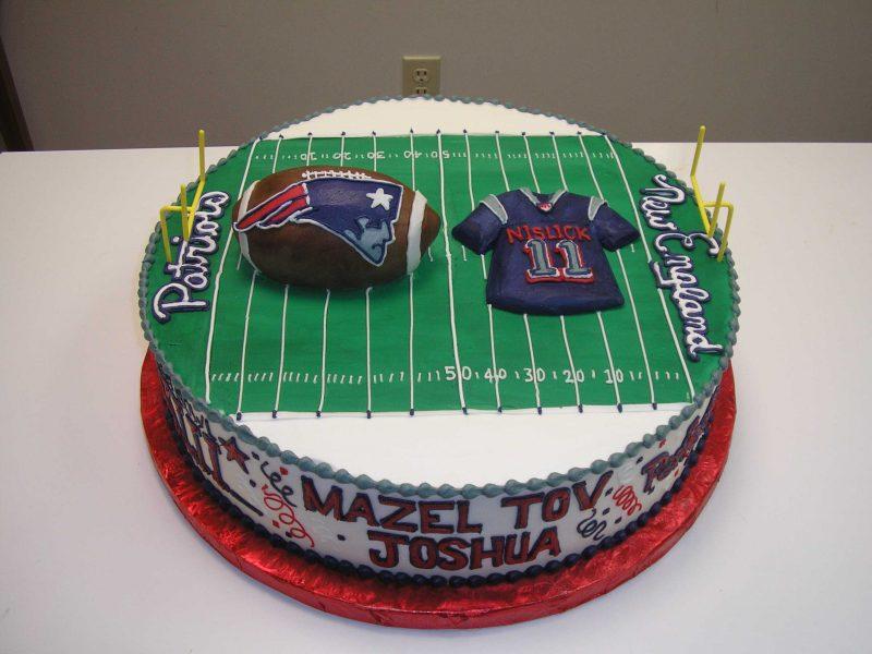 new england football cake, patriots cake