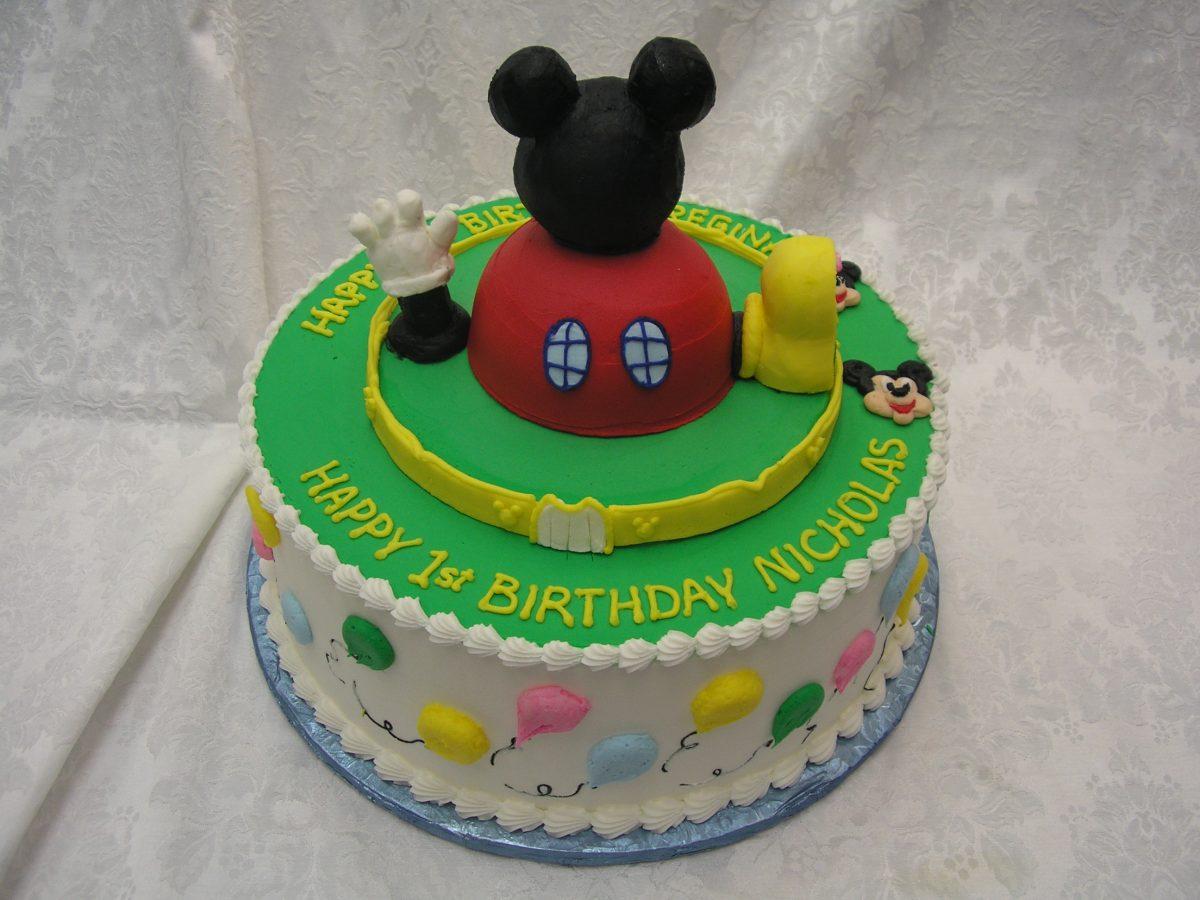 3D mickey cake