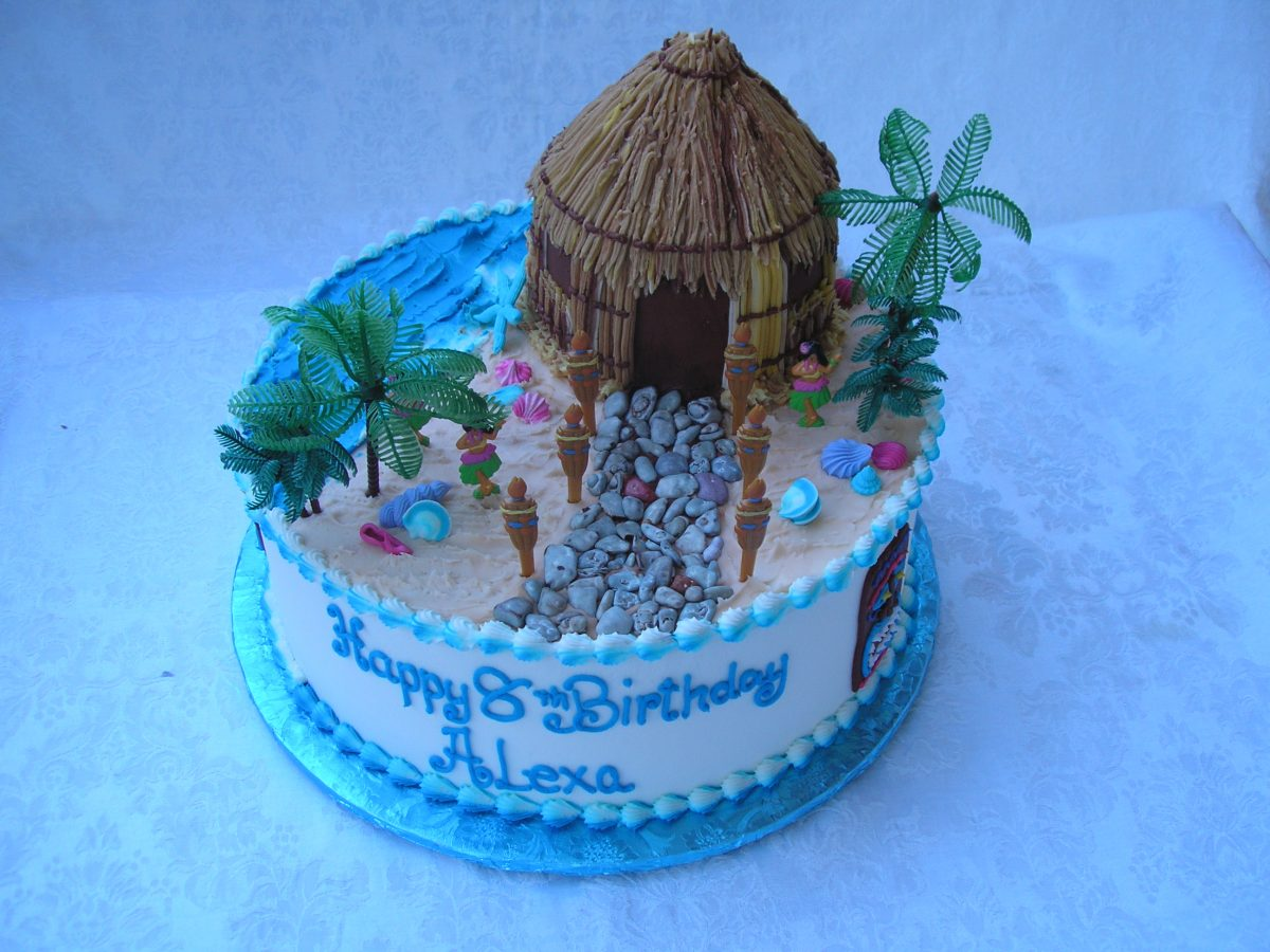 3D tiki hut cake