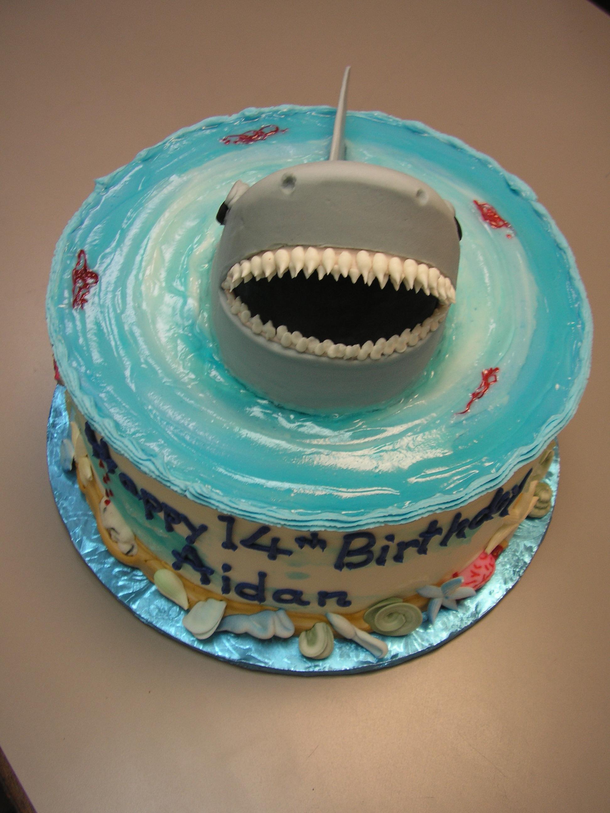 3D shark on a cake