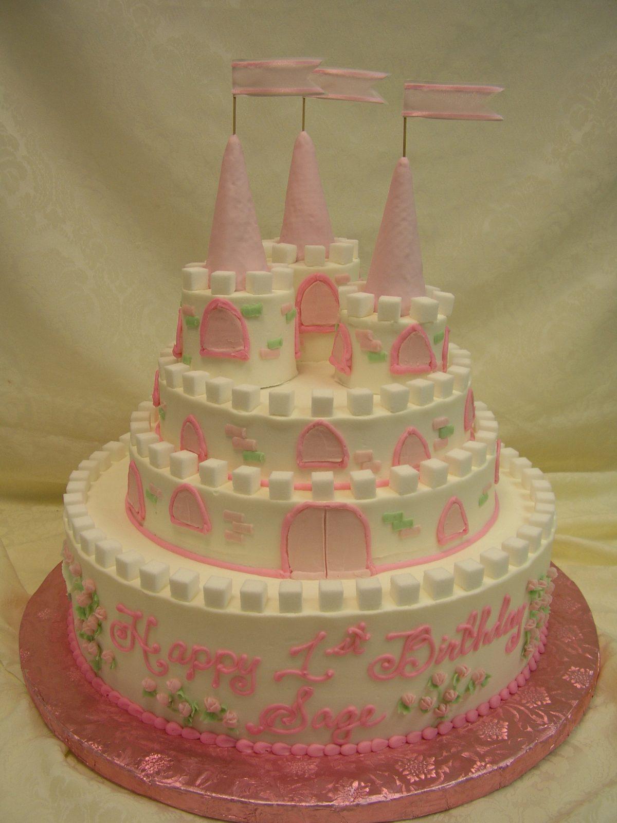 multi tier castle cake
